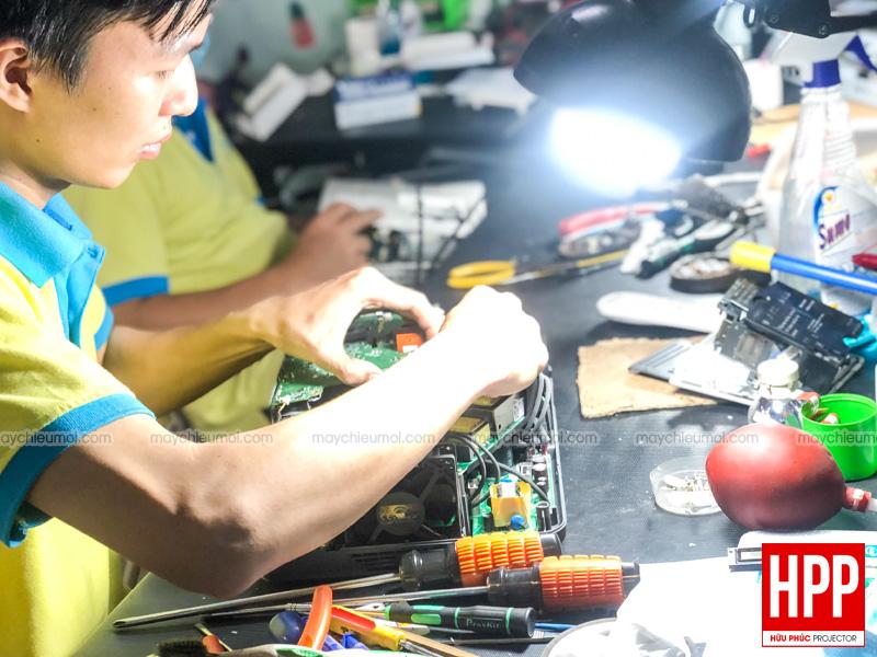 Sửa máy chiếu Bình Dương Hữu Phúc Projector